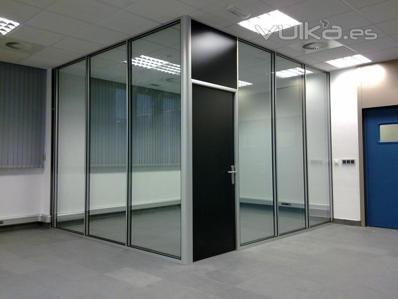 Foto division edificio investigacion mieres asturias for Muebles de oficina asturias