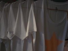 Camisetas de algod�n de la marca becks�ndergaard (dinamarca)
