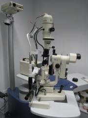 Biomicroscopio topcon sl-8z.
