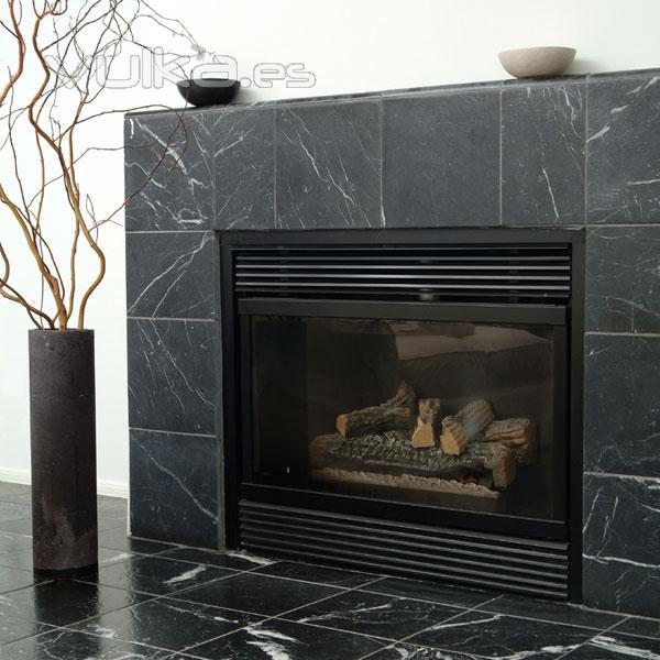 Foto chimenea a marmol negro marquina for Marmol negro para cocina