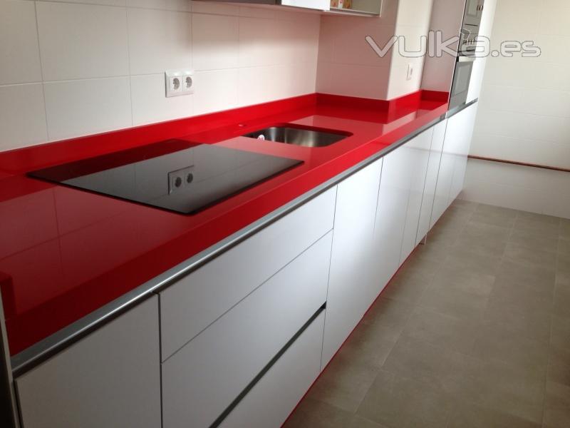 Foto encimeras de silestone rosso monza - Encimeras de cocina silestone ...