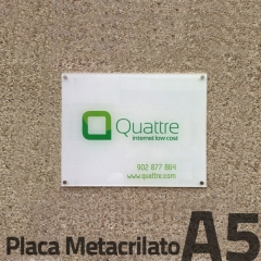 placa de metraquilato, con rotulaci�n mediante impresi�n digital