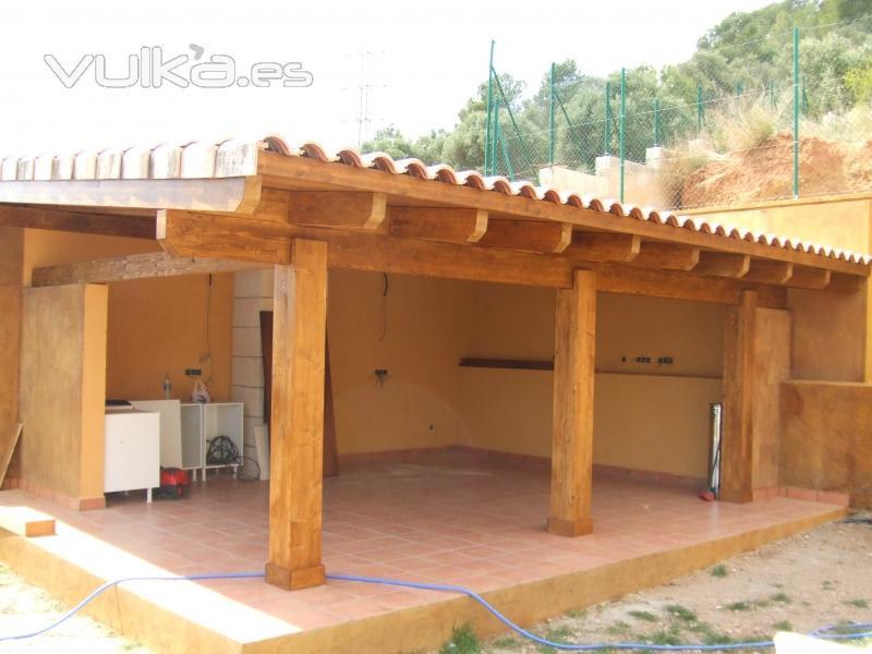 Foto porche madera laminada for Porche americano