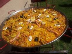 Paella comia fiesta patronal