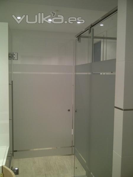 Mamparas Para Baño De Policarbonato:Mampara de baño personalizada