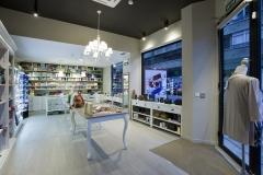 Interior Perfumer�a Pe�as