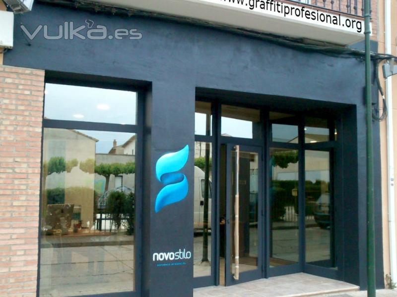 Foto fachada de oficina imagen corporativa dise o de for Fachadas para oficinas