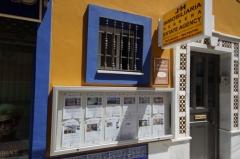 Vitrina 1000 personalizada para inmobiliaria
