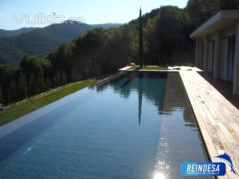 Reindesa construcci n de tenis y piscinas s a barcelona - Construccion piscinas barcelona ...
