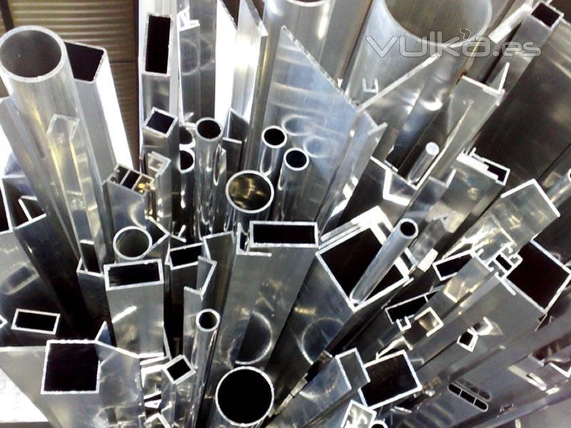 Glintek ingenier a y aplicaciones del aluminio sl for Perfiles de aluminio barcelona