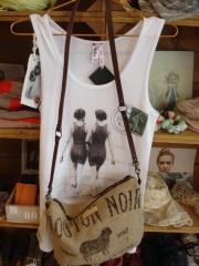 Look verano: camiseta vintage: place 5 y bolso: comme ci comme sac