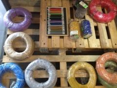 Rollos de cables electricos forrados en tela de colores