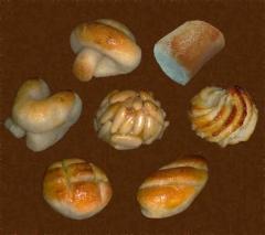 Figuritas de mazap�n, pastas de pi��n, pastas de almendra y pasta de almendra.