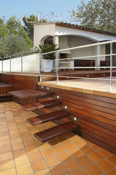 Foto gres bisbal baldosa suelo terraza escalera exterior for Suelos de ceramica para terrazas