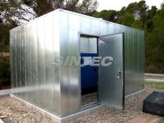 Cerramiento para climatizadoras mediante panel aisf�n 100.