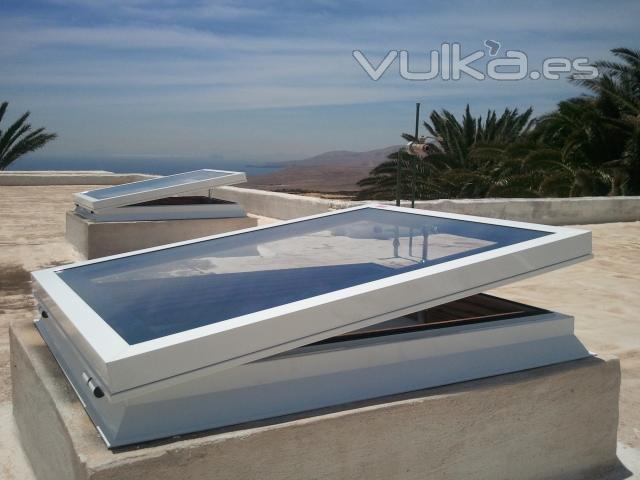 Ventanas de aluminio para techos solo nosotros - Claraboyas para banos ...