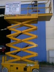Trabajos y alquiler de plataforma elevadora