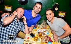 Restaurante - cena - espectaculo - el peletazo - madrid - www.peletazo.com - mesas con teléfonos