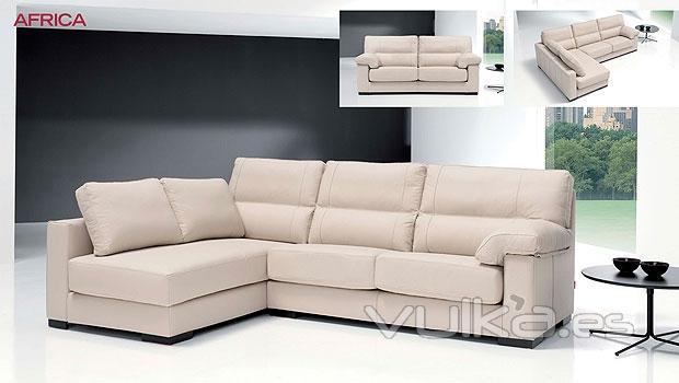Foto comodo sofa para el salon con cheslong for Modelos de sofas comodos