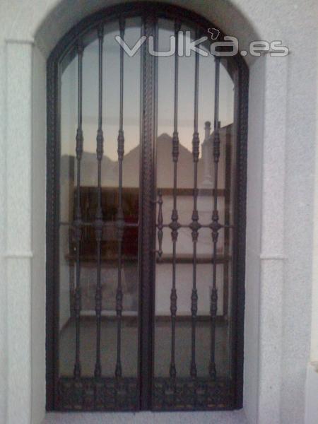 Tamevi s l - Puertas de garaje murcia ...