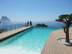 Construcci�n de piscinas desbordantes en calpe, por grupo katania