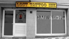 Entrada al estudio de tatuajes Lost Tatoo Ink