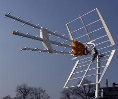 Especialista en electricidad, antenas, porteros...