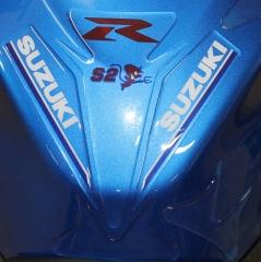 adhesivo gota de resina Suzuki