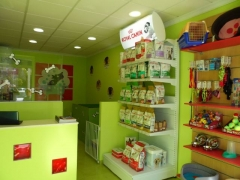 Interior en peluquería canina - veterinaria peludos córdoba