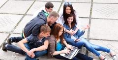 Convocatoria de plazas para la realización de cursos de idiomas en el extranjero - verano 2014