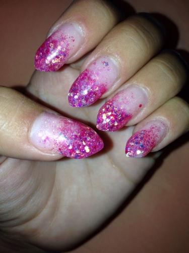 Estudio de Maquillaje y uñas(Distribuidoras Fantasy Nails)venta de productos