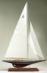 Maqueta de barco velero endeavour de la copa america