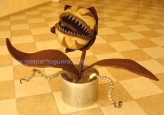 Planta carnivora esculturas hierro decoracion artesania