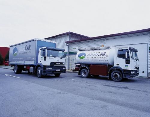 SOGECAR -  Camiones destinados al servicio de recogida de productos para la empresa.