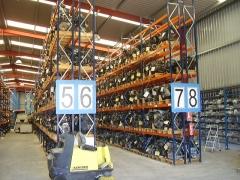 Almac�n de motores de coches de desguaces