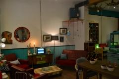 Buscamos el muebles vintage que desees  y los restauramos