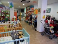 Interior de la tienda neneco, donde encontrar�s todo lo que necesitas para tu beb�.