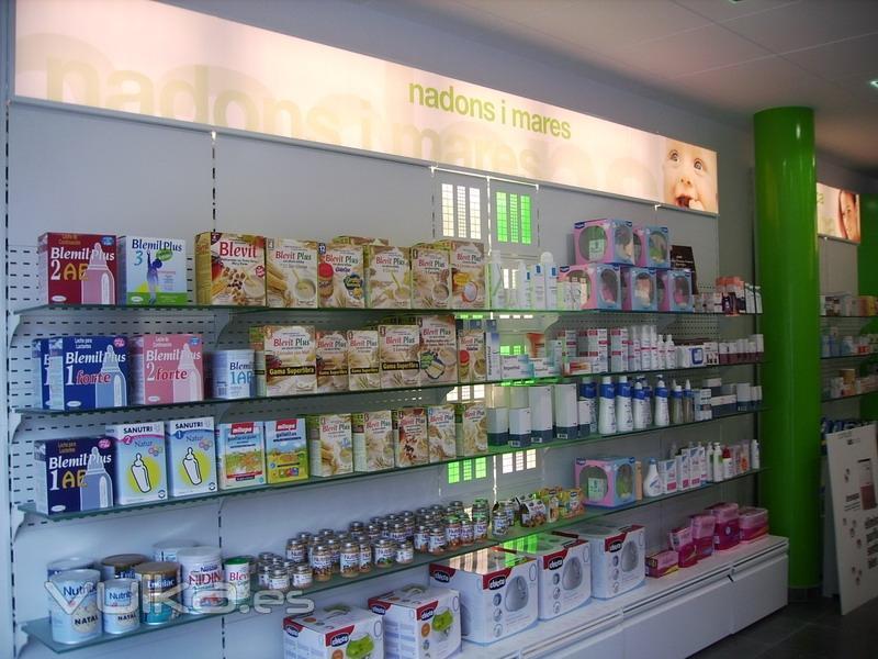 Foto farmacia y parafarmacia - Decoracion farmacias ...