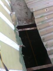Trabajos en techos de planchas a 2 aguas.