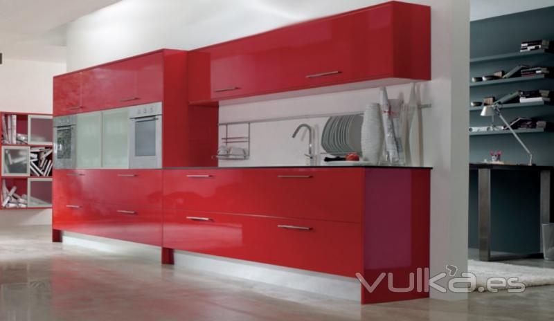 Muebles de cocina en color rojo