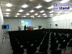 Montaje de salas modulares para eventos