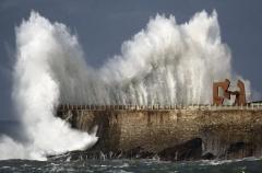 Donosti, una tarde de temporal 01.2014. axa un lider en gestión de riesgos