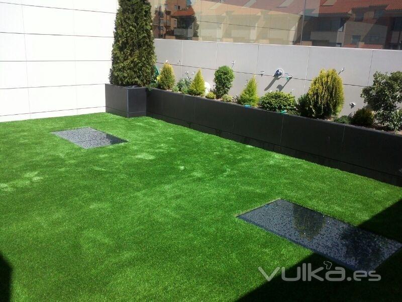 Allgrass cesped artificial golf for Diseno jardines sin pasto