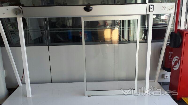 Puertas y persianas autom ticas barcelona for Puerta corredera automatica vidrio