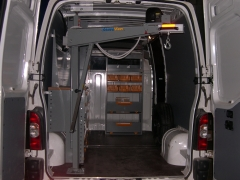 Gruas para furgonetas(inansur equipamientos)