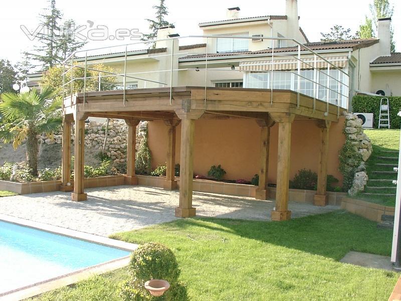 Foto de valsa n porche jard n foto 3 for Porche jardin madera