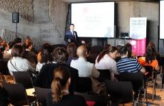Competitividad tur�stica: conferencia hotel skills, la formaci�n productiva.