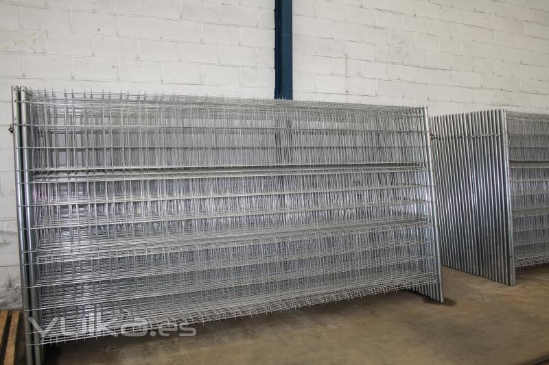 Excomer s l hierros tubos chapas paneles s ndwich - Vallados de obra ...
