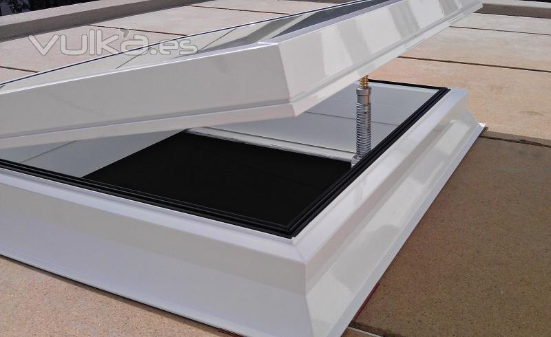 Ventanas de aluminio para techos solo nosotros - Claraboyas para techos ...