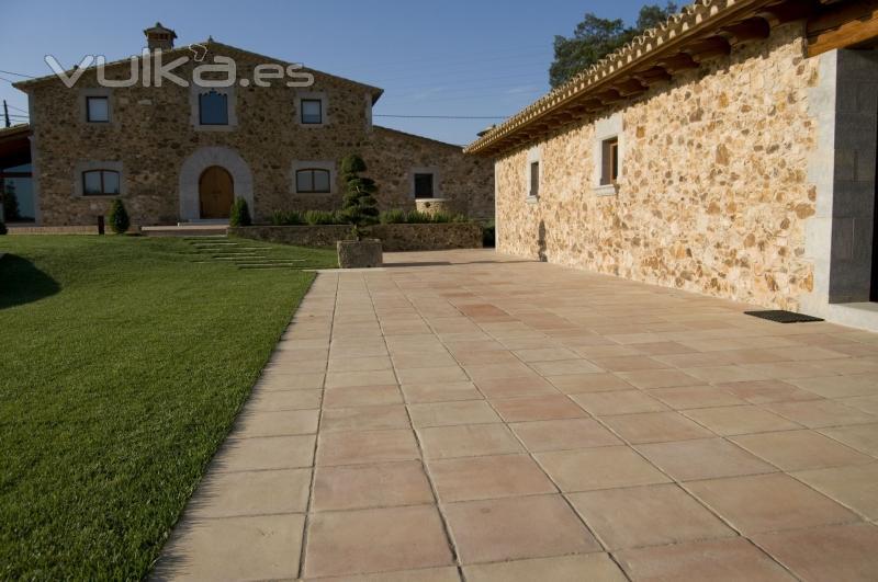 Baldosas suelo exterior antideslizante materiales de - Suelos de exterior antideslizantes ...